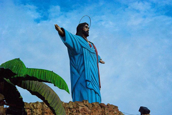 Mechanical Jesus, Tierra Santa