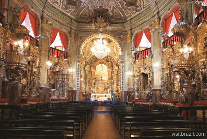 Time travel in Ouro Preto