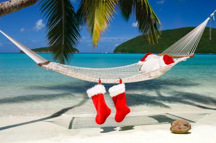 Santa.beach.jpg