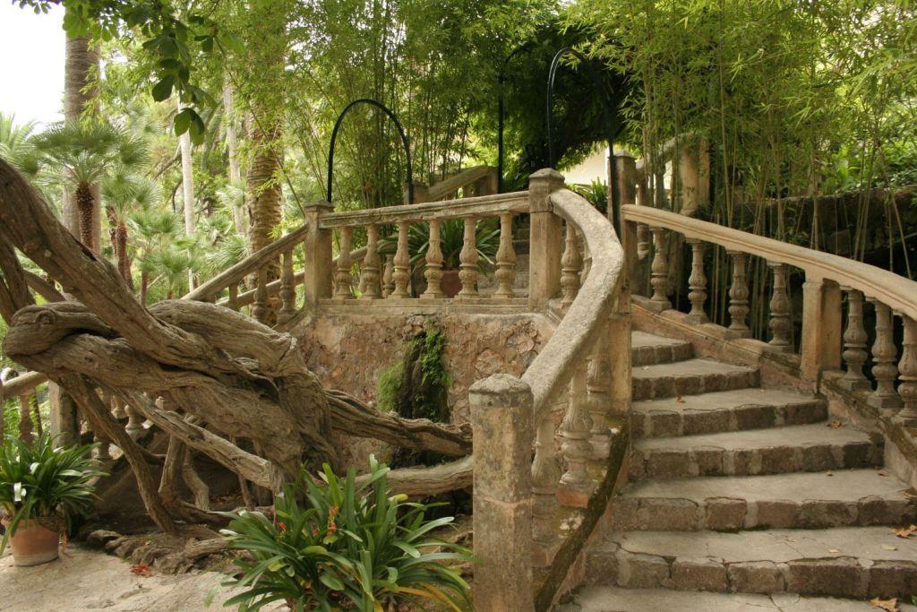 Alfàbia has the most beautiful gardens in Mallorca