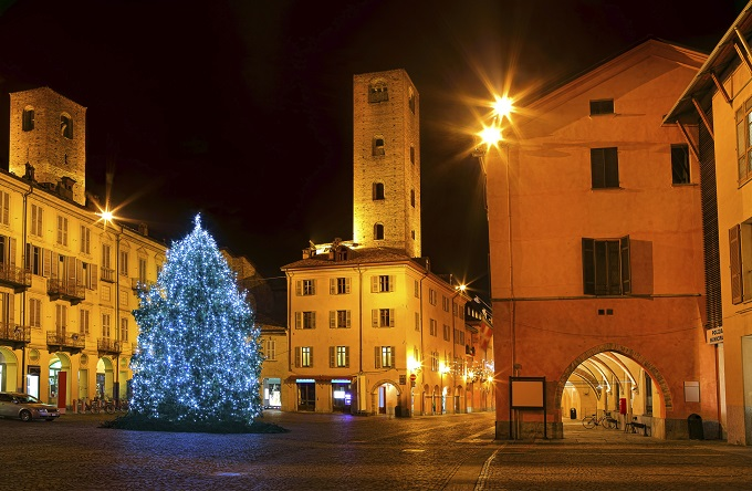 All calm, all is bright in the Italian town of Alba.