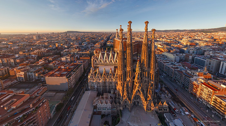 Sagrada Família, Barcelona, aerial view