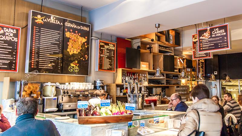 Grab a bargain breakfast from Mercado de la Reina