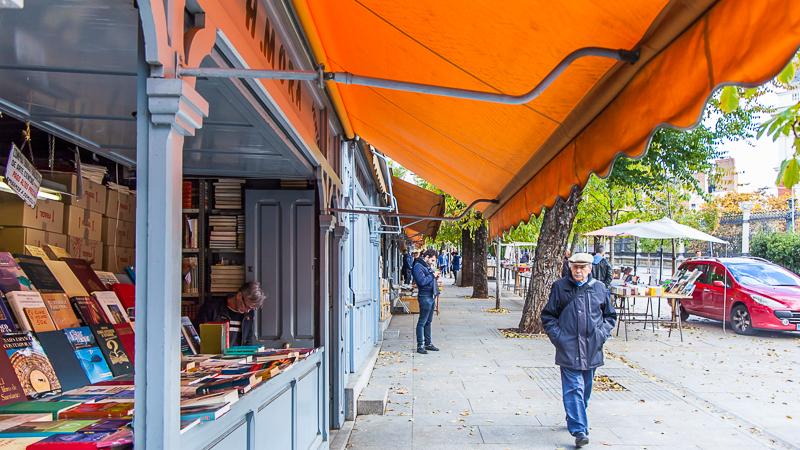 Shop El Rastro and the street markets