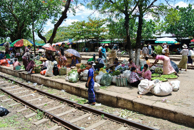Village train stop, Yangon, market, trees ©Catherine McGloin