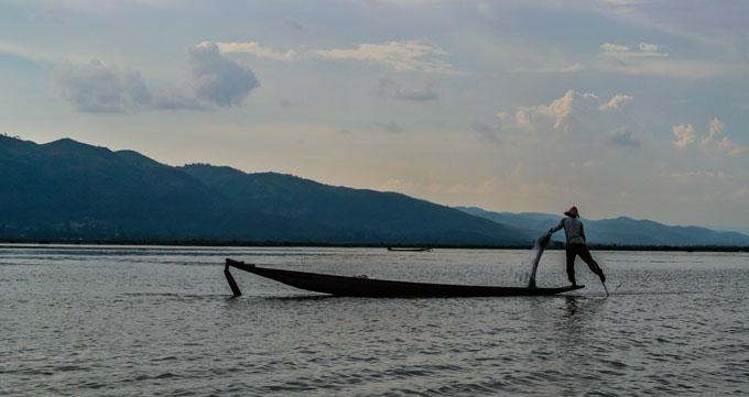Fisherman on Inle Lake at sunrise ©Catherine McGloin