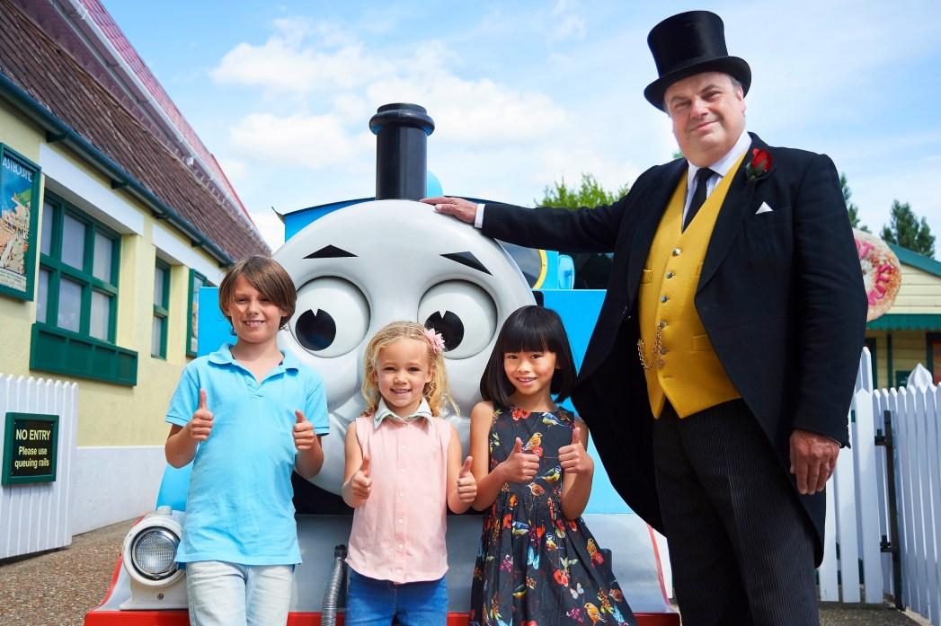 Kids meet the Fat Controller at Drusillas