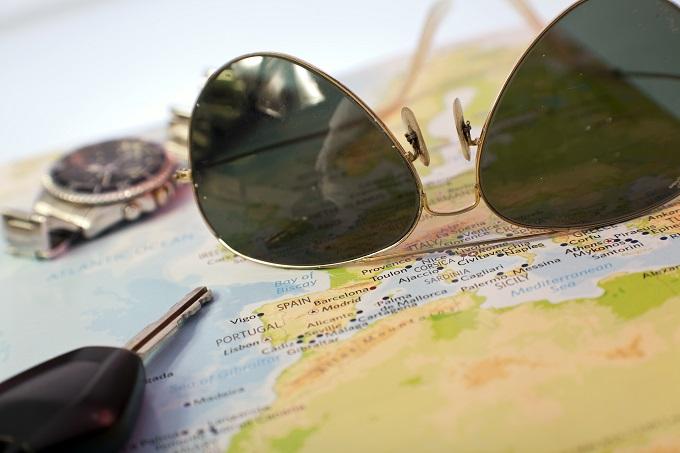 glasses, map, keys