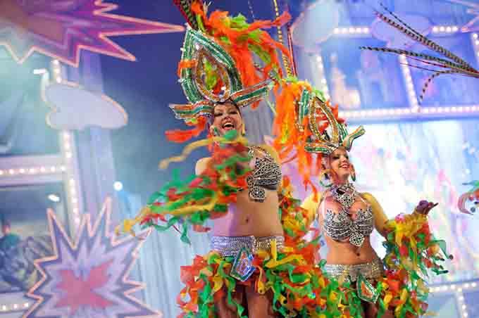 Carnival Las palmas de gran canaria © criben / Shutterstock.com