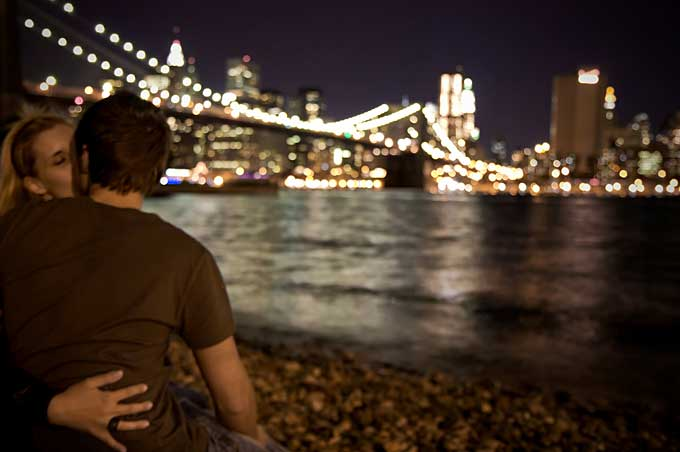 Romantic couple in New York  cityscape at night