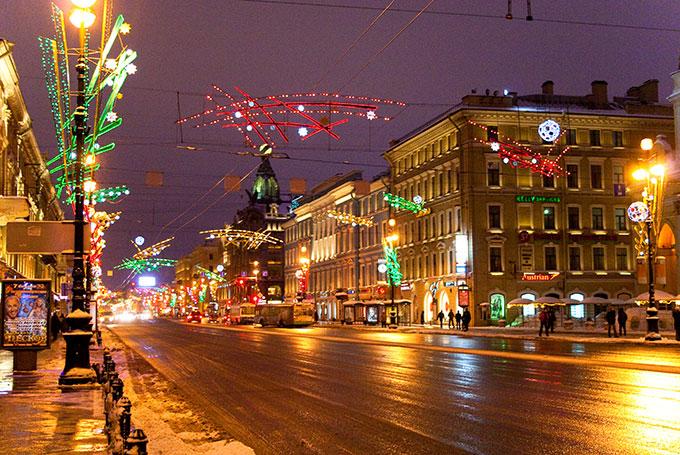 Nevsky Prospekt © Alexander Savin