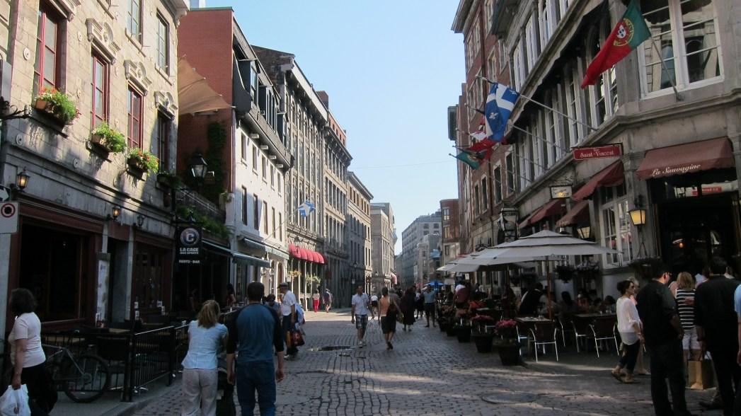 Old Montréal street