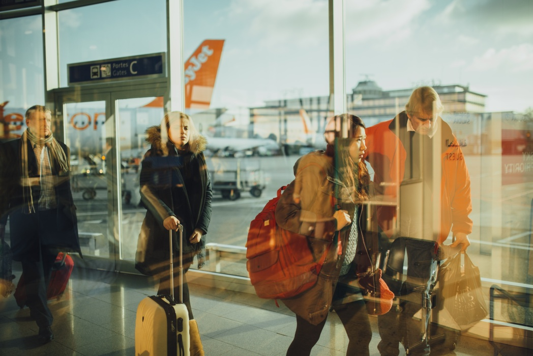 How to speed through the airport: opt for smaller airports