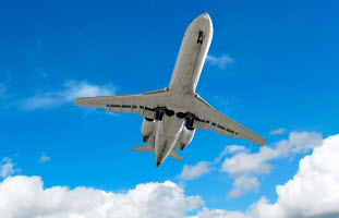 plane.takeoff2.jpg