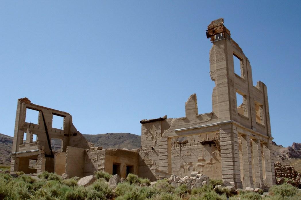Rhyolite, abandoned building in the desert