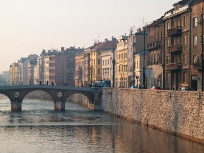 sarajevo.bridge.jpg
