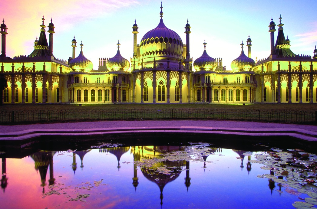 Brighton's Royal Pavilion lit up at night