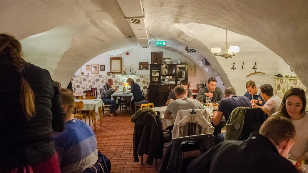 Vanaema Juures restaurant, Tallinn