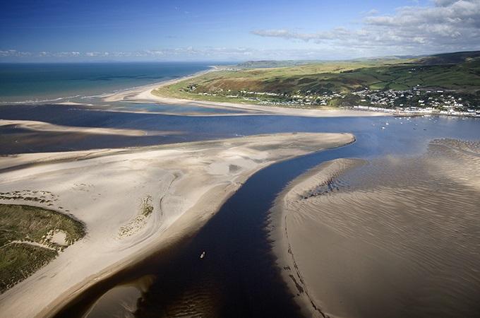 © Crown copyright (2014) Visit Wales