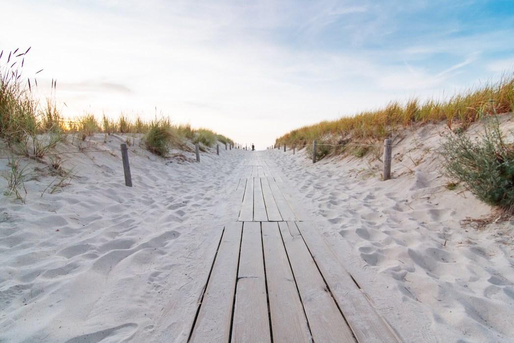 Alternative beach destinations 10 gorgeous beaches in for Warnemunde strand hotel